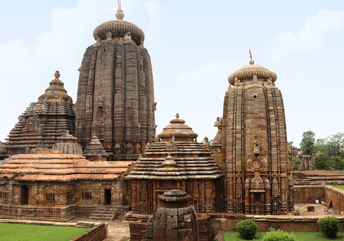 lingaraja-temple-at-bhubaneswar